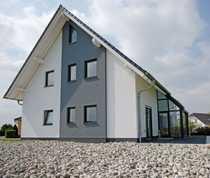 Doppelhaushälfte mit Tiefgaragen Keller auf
