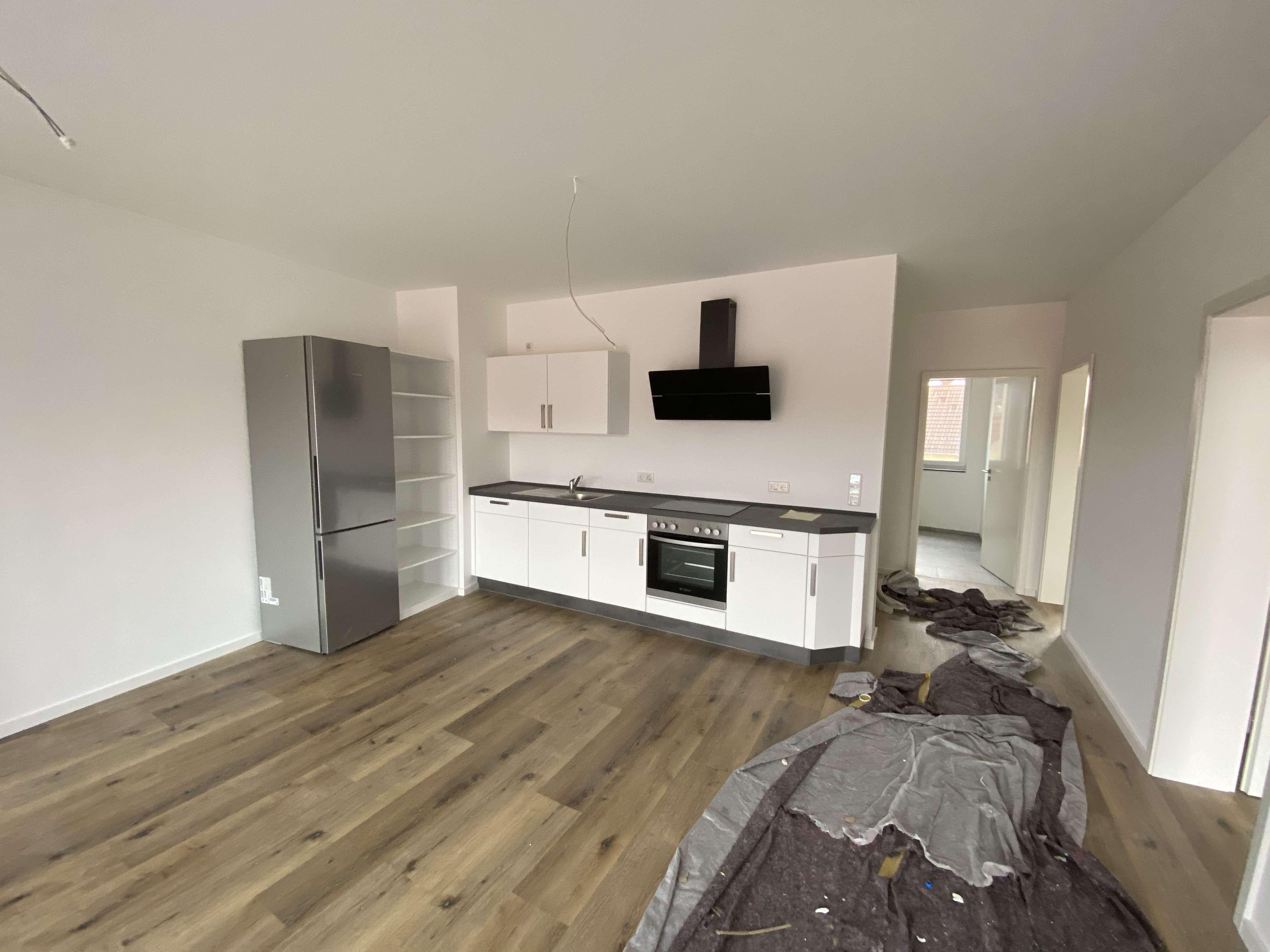 Wunderschöne 3-Zimmer Whg.mit Terrasse u. Einbauküche in
