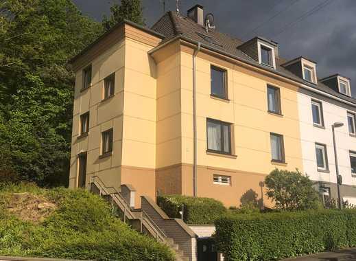 Schöne, 2-Zimmer, Dachgeschoss Wohnung, am Nützenberger Wald