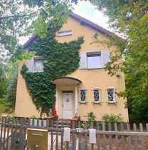 Bild Charmantes Einfamilienhaus mit sonnigem Grund im beliebten Berlin-Westend