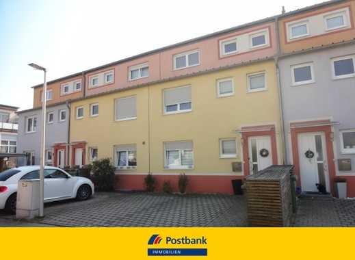 Modernes großes Reihenmittelhaus mit Dachterrasse und 2 Stellplätzen in Zirndorf - Pinderpark