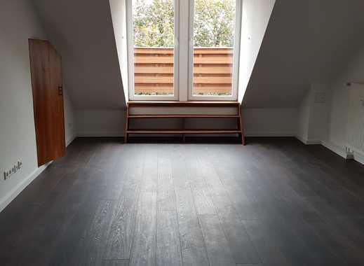 *Provisionsfrei* Schöne Dachgeschosswohnung mit Dachterrasse