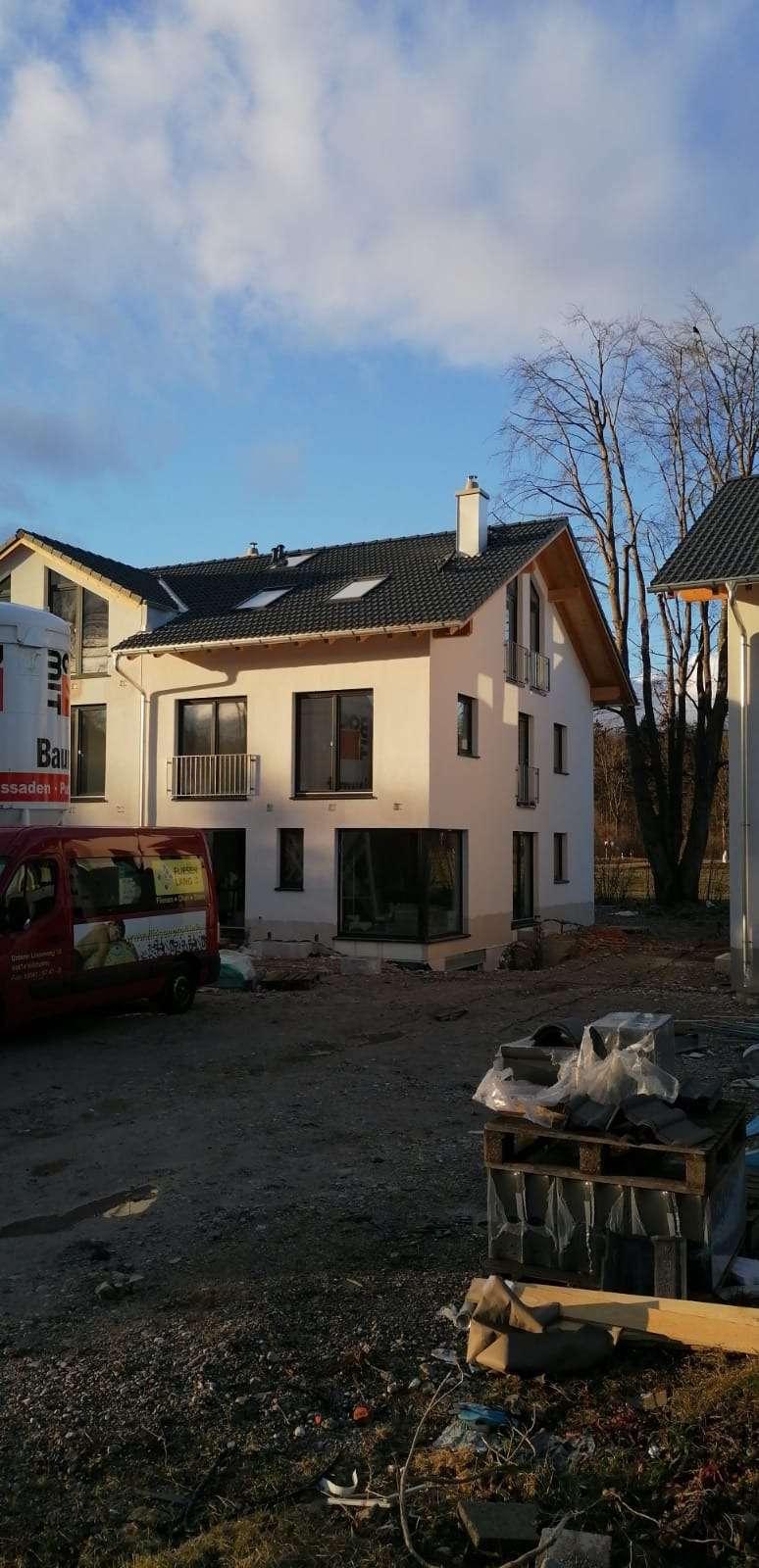Erstbezug: stilvolle 4-Zimmer-Maisonette-Wohnung mit Balkon in Toplage Geretsried - provisionsfrei in Geretsried