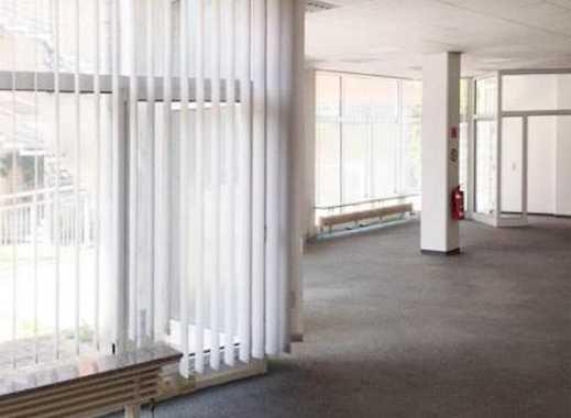 +++ Gewerbefläche im Ärztehaus im Stadtkern Apolda zu vermieten! +++