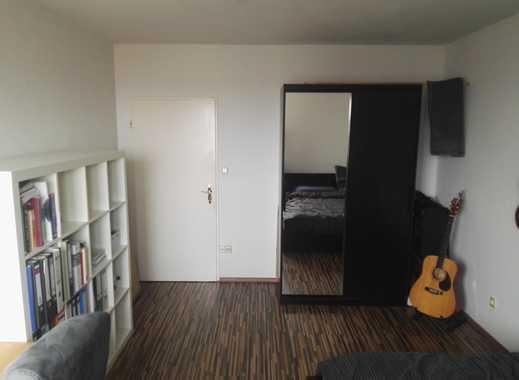 Möbliertes 16qm Zimmer in 2er WG mit Südbalkon in guter Lage