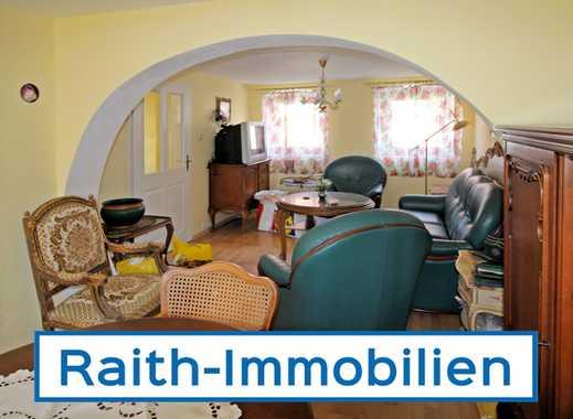 Einfamilienhaus mit viel Potenzial und Ausbaureserve!