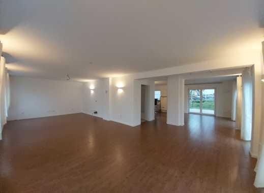 Topp saniertes Wohnhaus – lichtdurchflutete Räume mit vielen Extras, Garten, separater Baugrund