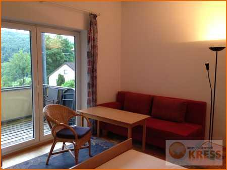 Möbliertes 2 Zimmer-Appartement mit Balkon und Küchenzeile in sehr gepflegter Wohnanlage in Bad Brückenau