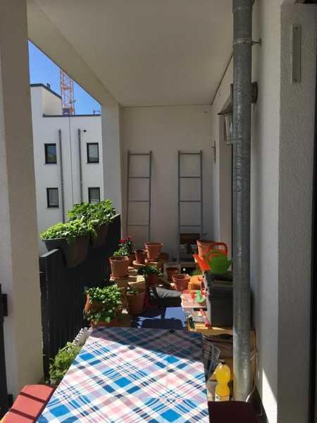 ruhige stilvolle helle 2-Zi-Whg in Regensburg mit EBK+Terasse+Badewanne in Weichs