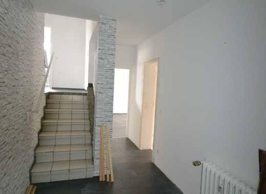 TOP 3 Zimmer-Whg. über 2 Etagen mit Balkon, Lindenstr. 28 in Monheim!