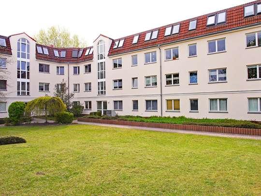 Moderne 3-Zim.-Wohnung mit PKW-Stellplatz und Garten - Bild 18