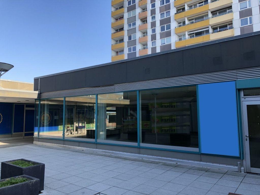 245 m²