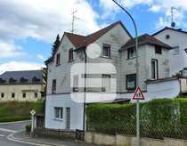 Ein- Zweifamilienhaus in Schirnding