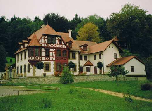 Dachgeschoßwohnung in herrlicher Villa