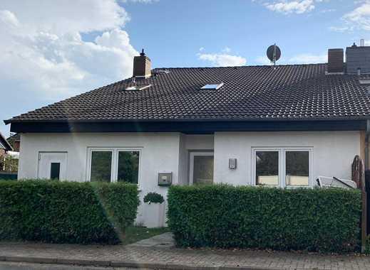 Schönes Familienhaus mit fünf Zimmern, großem Garten und Terrasse