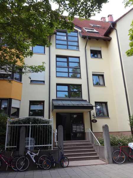 3er WG - Wohnung unmittelbar an der Uni in Universitätsviertel (Augsburg)