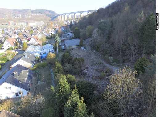 Grundstücke mit aufstehendem Einfamilienhaus in Siegen-Eiserfeld!