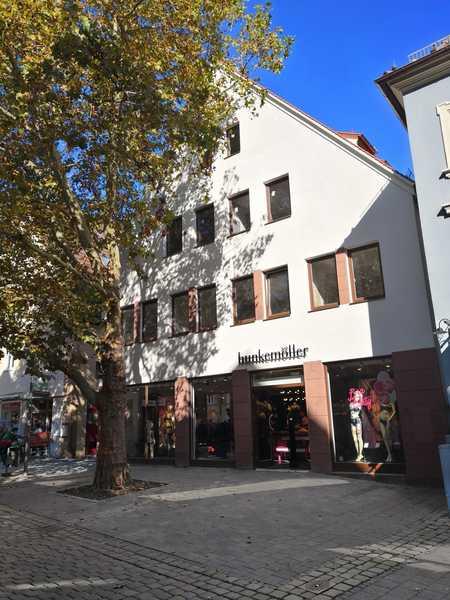 Wunderschöne, neu sanierte 4-Zimmer-Maisonette-Wohnung in Schwabach-Innenstadt