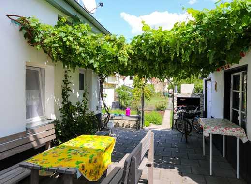 +++Attraktives Dreifamilienhaus mit schönem Garten und großer Garage+++