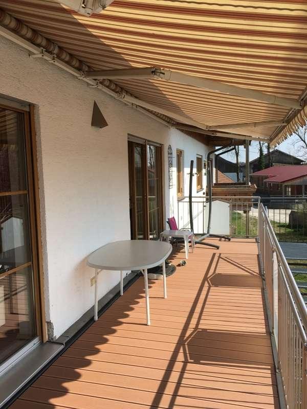 Moderne 6,5-Zimmer-Maisonettewohnung mit Doppelgarage, Einliegerwohnung im Keller und großem Garten