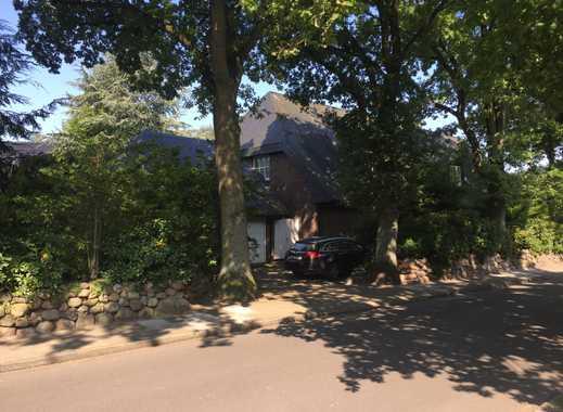 Erstbezug nach Sanierung mit EBK: attraktive 4-Zimmer-Maisonette-Wohnung in Norderstedt