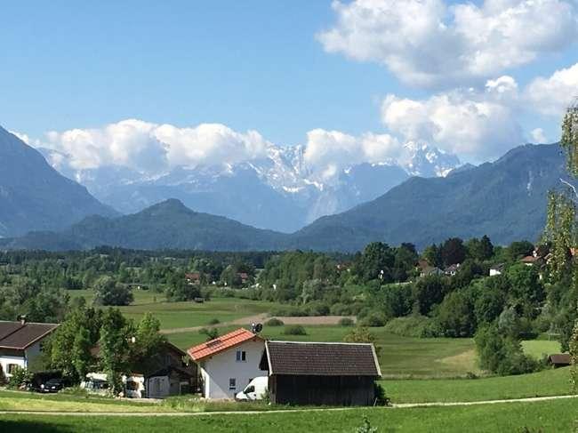 Murnau -  'Alpenpanorama'                Wohnung im EG mit Gartenanteil in Murnau am Staffelsee