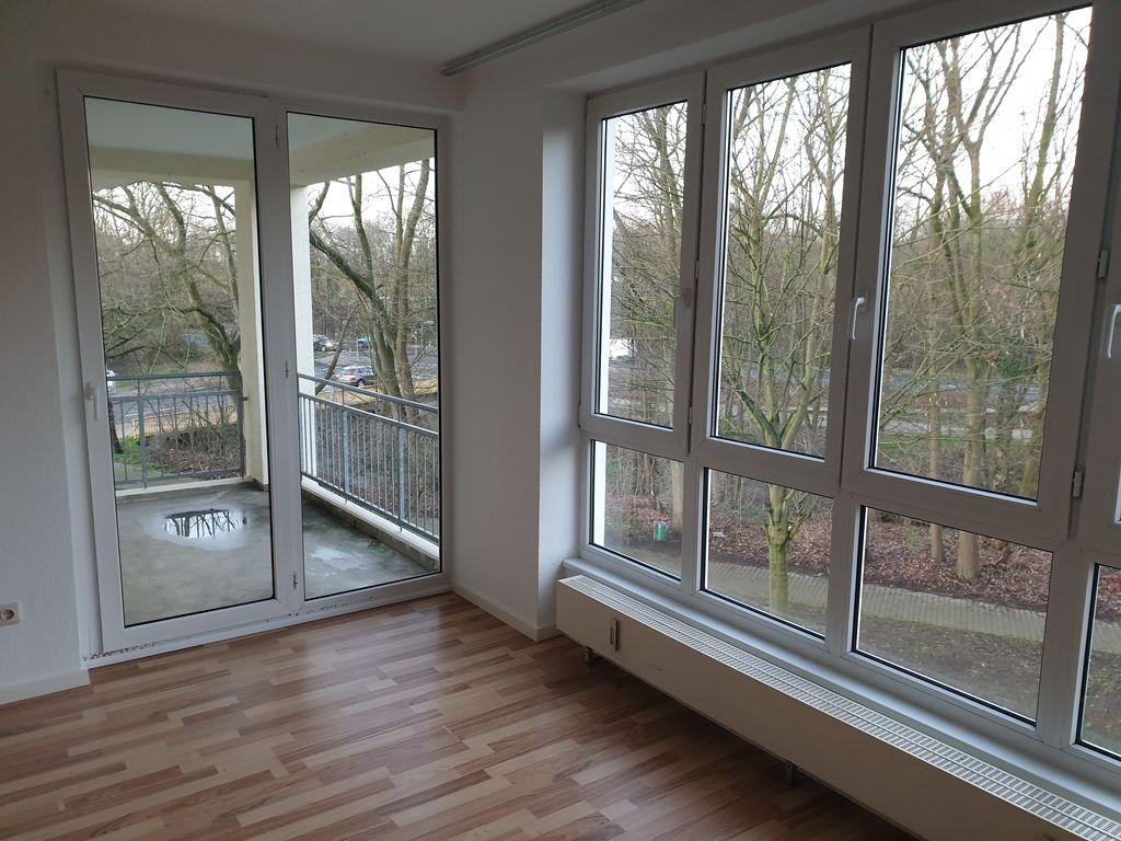 Ausblick Wohnzimmer/Balkon
