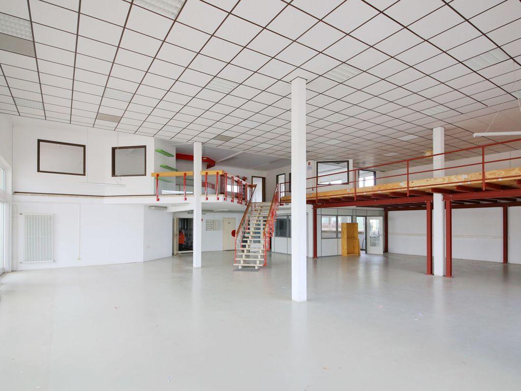 Ausstellungsfläche II