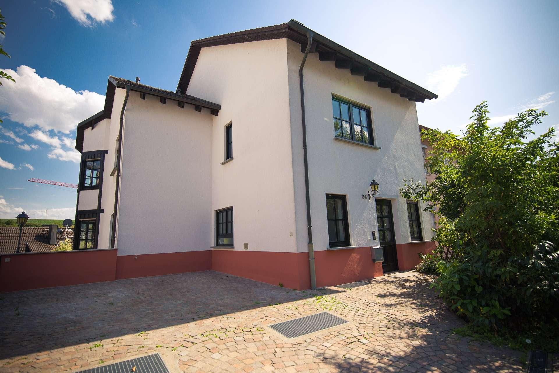 Schönes Einfamilienhaus in verkehrsberuhigter Lage - von privat in