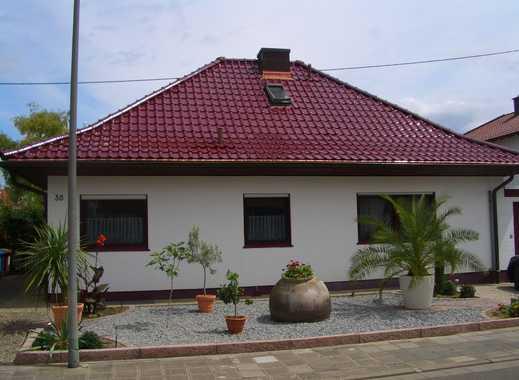 Wohnen wie im Hotel; voll möblierte Souterrain-Wohnung