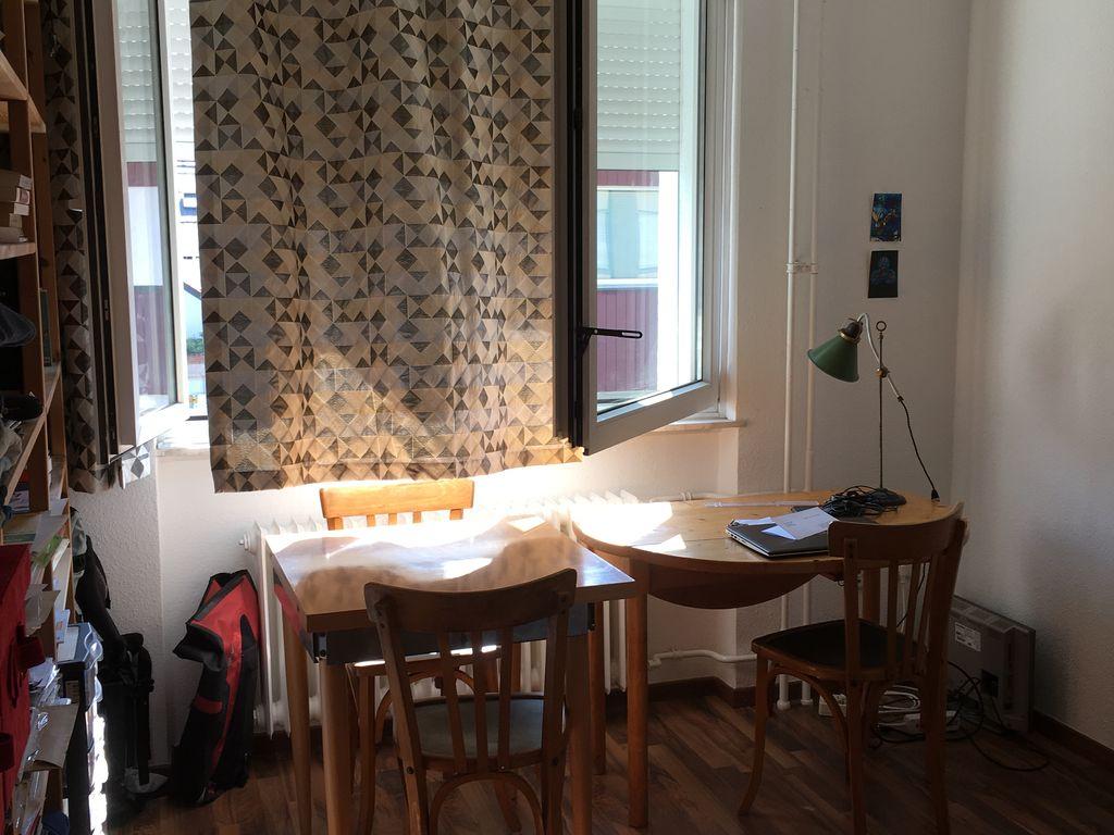 1 zimmer wohnung mit einbauk che in frankfurt am main. Black Bedroom Furniture Sets. Home Design Ideas
