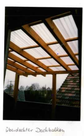 Gepflegte 1,5-Zimmer-Dachgeschosswohnung mit Balkon und EBK in Rödental in Rödental