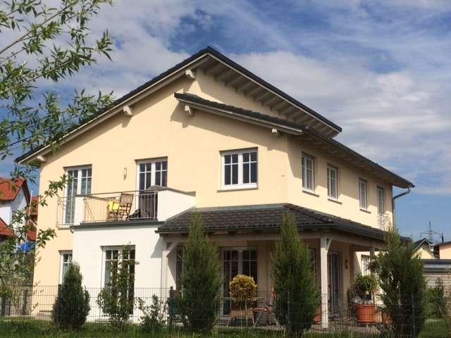 Schöne moderne  Wohnung, 2015 erbaut, in ruhiger Lage in Odelzhausen