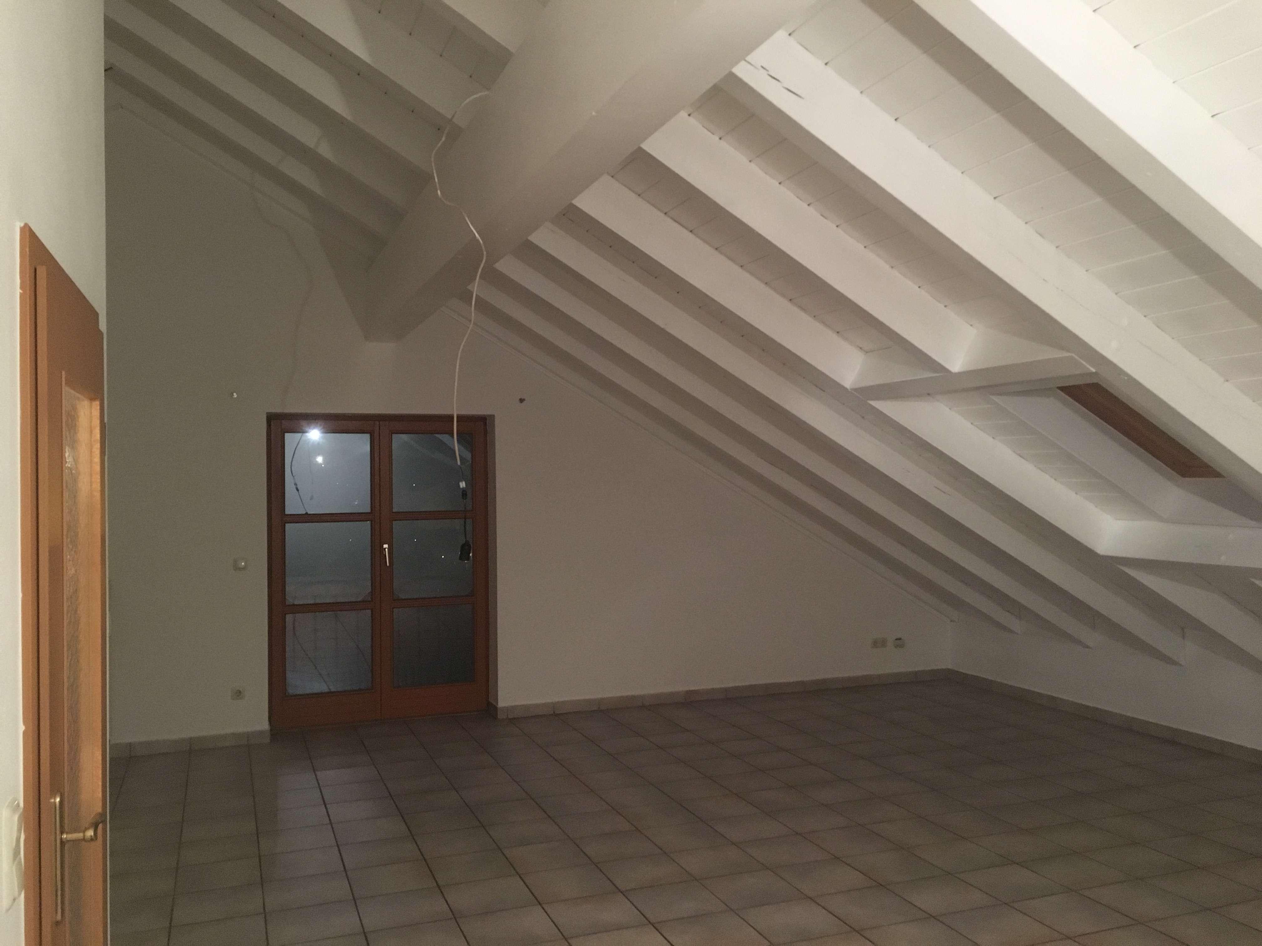 Schöne, geräumige ruhige 2-Zimmer Wohnung in Rottal-Inn (Kreis), Eggenfelden