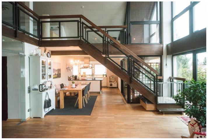 Exklusive, modernisierte 5-Zimmer-Maisonette-Wohnung mit Balkon und Einbauküche in Nürnberg