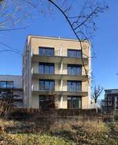 Barrierefreie neuwertige 2-Zimmer-Wohnung mit Balkon