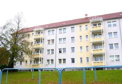 Familienfreundliche 4-Zimmer-Wohnung mit Balkon