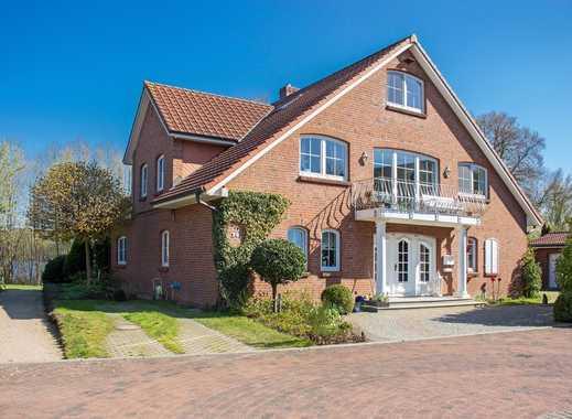 Traumhafter Seeblick, moderne und großzügige Villa mit Einliegerwohnung in schöner Wohnlage von Plön