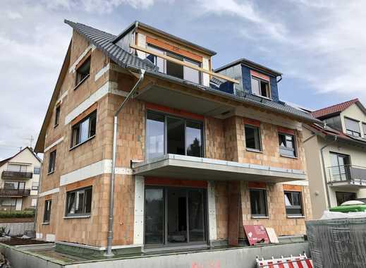 Erstbezug mit Einbauküche und Balkon: stilvolle 4-Zimmer-DG-Wohnung in Renningen-Malmsheim