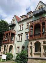 helle 3-Zimmer-Mansardenwohnung in schönem Altbau