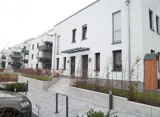 Helles und Großzügiges Townhaus mit EBK und Terrasse