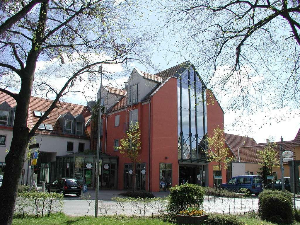 Großzügige 4-Zimmer-Wohnung in Neuendettelsau in