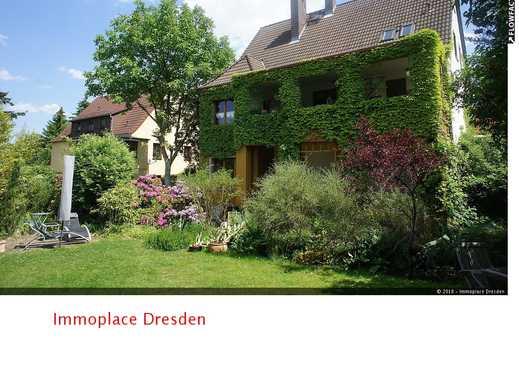 Außergewöhnliches Einfamilienhaus mit Option für gewerbliche Nutzung in ruhiger Lage!!!