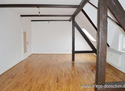 Tolle 2ZKB Wohnung mit Küchenzeile - im Dachgeschoss - St. Johann