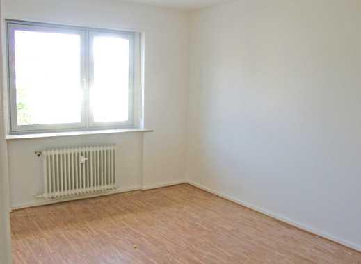 POCHERT IMMOBILIEN - Sehr schöne 3-Zimmer-Wohnung mit Balkon in KL - Nähe Volkspark und Messeplatz