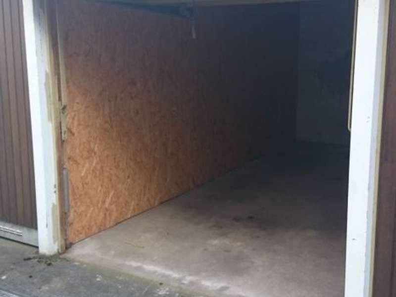 Garage Beispielbild