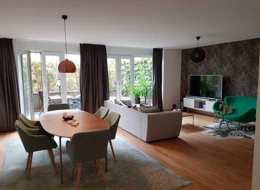 Haus im Haus. Terrassenwohnung mit 4 Zimmern am Falkenried.