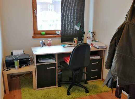 Nettes Zimmer in 3er WG