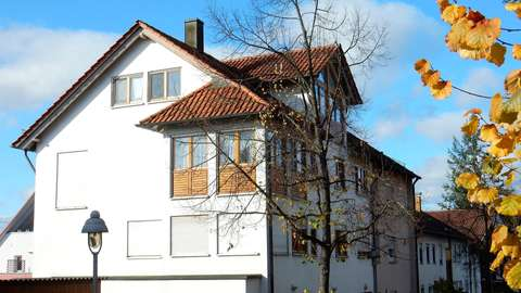 Wohnen visavis Schloß Steinbach Wernau! Maison.-Whg.,Sauna ...
