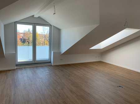 Neubau Dachgeschosswohnung mit Bergblick in Wolfratshausen